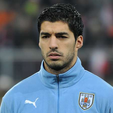 Luis Suarez- Biography   Bio, salary, Net worth, Personal Life, Facts and Stats
