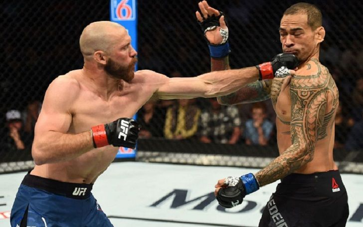 893,000 Viewers watched Donald Cerrone defeating Yancy Medeiros on Sunday night's UFC Austin show