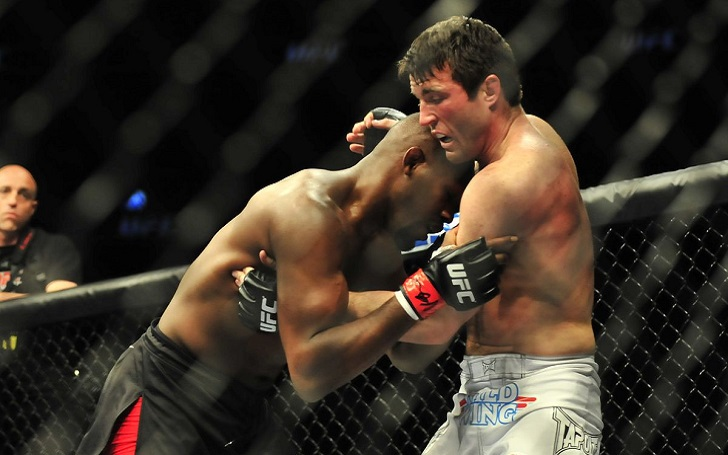 Chael Sonnen strikes on Jon Jones: 'I'd rather see you type lines than snort them'